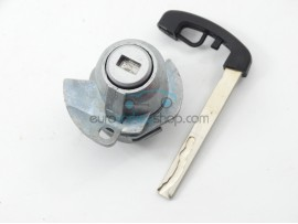 Left door lock with key for BMW 7-Series - after market product