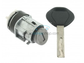 Left door lock with key for BMW 7-Series (before 2008) - Key Blade HU92 - after market product