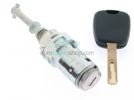 Citroen C3 left door lock - key blade VA2 - after market product